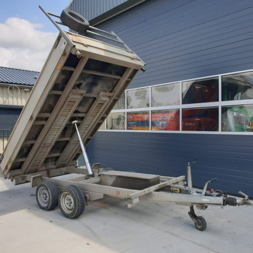 Elektrische hydraulische kipper aanhanger - Huren - in Oosterland